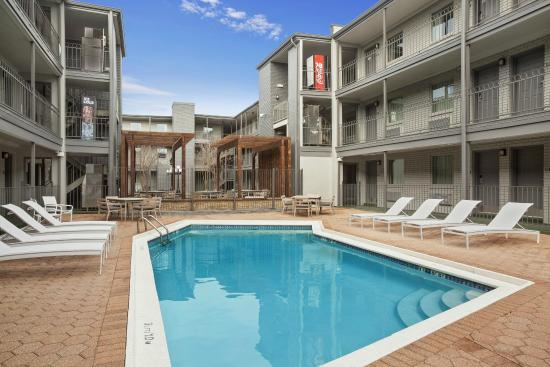 country inn and suites new orleans reviews