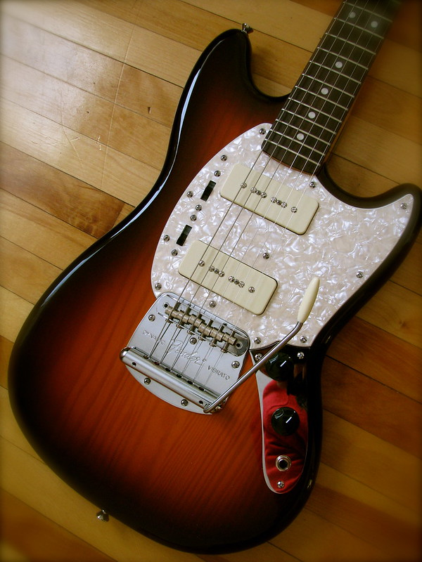 fender modern player mustang review
